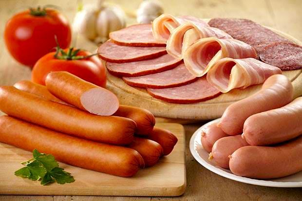 ไส้กรอก ร้าน Bangkok Sausage and Ham ตำนานเกือบ 100 ปี